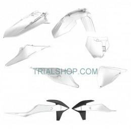 Kit Plastiche Replica Clear...